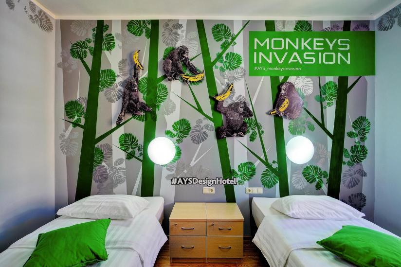 Номер в ays hotel design monkey invasion